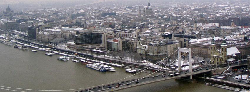 Facebook Borítóképek/Vallás/Templomok Téli Facebook borítókép az Erzsébet hídról valamint a Belvárosi plébániatemplomról és a belváros egy részéről - facebook - letöltése - idézettel - karácsonyi - borítóképek - ingyen - háttérképek - számítógépre
