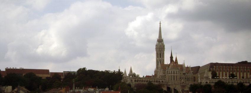 Facebook Borítóképek/Évszakok/Ősz: Őszi Facebook borítókép a Mátyás - Nagyboldogasszony templommal és a Halászbástyával - borítóképek - háttérképek - számítógépre - facebook - ingyen - karácsonyi - idézettel - letöltése