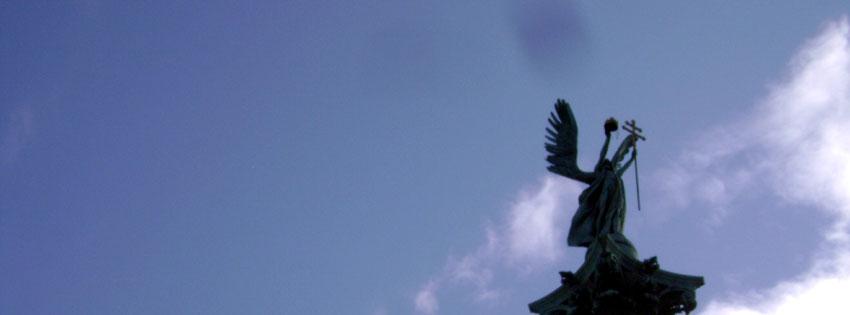 Facebook Borítóképek/Egyéb/Angyalos: Őszi borítókép Facebook idővonalra Gábriel arkangyal alakjával a Millenniumi emlékművön, a Hősök terén - háttérképek - idézettel - karácsonyi - facebook - letöltése - számítógépre - borítóképek - ingyen